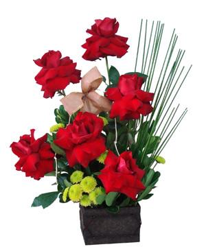 Arranjo de Flores Artificiais para Mesas – Dicas e Fotos