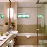 banheiros-pequenos-com-banheira-2