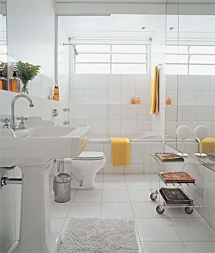 Decoração de Banheiros com Banheiras  Fotos # Banheiro Pequeno Com Banheira E Chuveiro Juntos