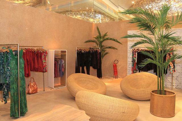 decoracao de interiores de lojas de roupas:Decoração de Lojas de Roupas: Dicas e Fotos