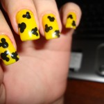 decoracao-de-unhas-com-Mickey-Mouse-8