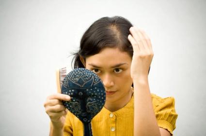 Enxerto de Cabelo para as Mulheres, Dicas e Fotos
