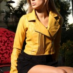jaquetas-de-couro-coloridas-6