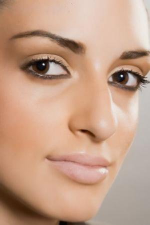 Maquiagem Definitiva para os Olhos e Lábios – Fotos e modelos