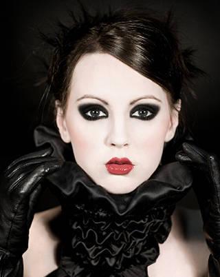 Maquiagem Escura – Passo a Passo e Fotos