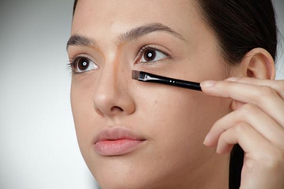 maquiagem-para-diminuir-o-nariz
