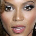 modelos-de-maquiagens-prateada-para-os-olhos-3