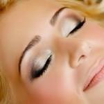 modelos-de-maquiagens-prateada-para-os-olhos-4
