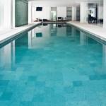 sala-com-piscina