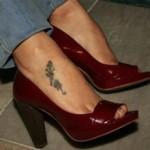 tatuagem-feminina-nos-pes-9