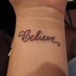 tatuagens-femininas-escritas-8