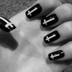 unhas-decoradas-com-cruz-3