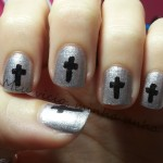 unhas-decoradas-com-cruz-8
