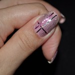 unhas-decoradas-com-fitas-metalizadas-8