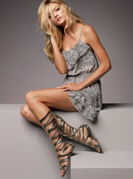Sandálias Romana Moda 2012